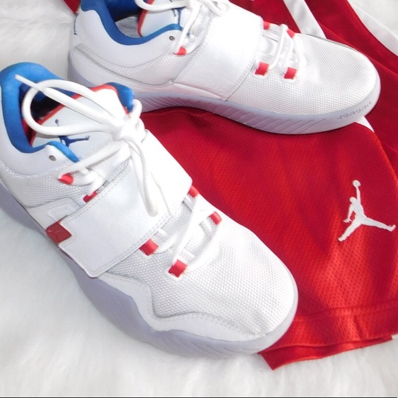 sale retailer 5179c e644f 🎉HP🎊Nike Air Jordan Men's Red White Blue Size 9